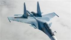 Tiêm kích Su-30SM của Nga truy cản hai máy bay NATO trên Biển Đen