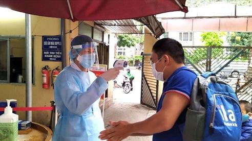 Phòng, chống dịch Covid-19 trong bệnh viện: Chủ quan sẽ phải trả giá đắt