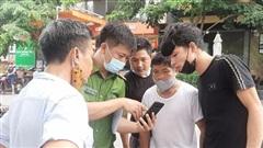 Công an Bắc Ninh trích xuất tất cả biển số xe qua công viên, 'lục tung' ngõ ngách tìm kiếm bé trai 2,5 tuổi mất tích