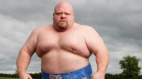 Gã béo có biệt danh kỳ lạ & màn lột xác từ kẻ bị bắt nạt thành hung thần trên sàn đấu