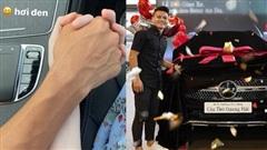 Quang Hải đưa Huỳnh Anh đi chơi trên xe Mercedes 2,4 tỷ, dân tình thích thú nhắc khéo nên 'đi dạo' Hồ Tây