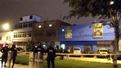 Peru: Trốn cảnh sát, giẫm đạp nhau ở cửa hộp đêm tới mức chết kẹt