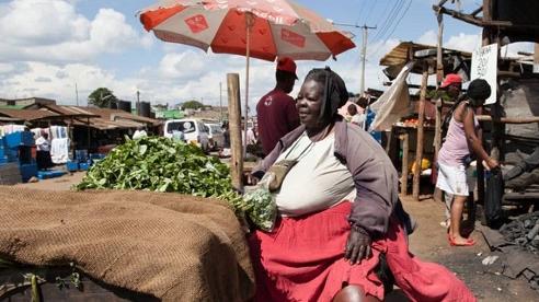 Người phụ nữ nặng 300kg và trải qua 6 lần sinh nở, nhưng lại là 'đệ nhất mỹ nhân' khiến bao đàn ông theo đuổi