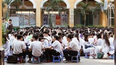 Hôm nay, hàng triệu học sinh cả nước chính thức quay lại trường, bắt đầu năm học mới