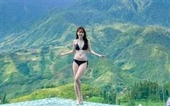 Bạn gái Quang Hải mặc bikini, khoe chân dài và nóng bỏng