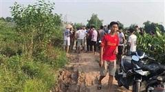 Hà Nội: Chồng giết vợ, bỏ xác giữa đường rồi về nhà cố thủ tự sát, nghi do mâu thuẫn gia đình