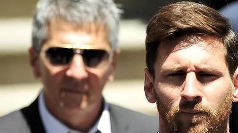 Gió đảo chiều: Bố Messi khẳng định con trai 'có thể' sẽ ở lại Barcelona