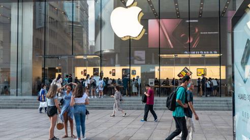 Apple đột ngột hoãn một thay đổi từng khiến Facebook 'giận tím người'