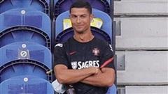 Ngồi ghế dự bị, Ronaldo hào hứng nhìn tuyển Bồ Đào Nha mở tiệc bàn thắng trước đương kim á quân thế giới