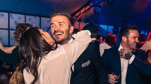 Báo Anh: Vợ chồng nhà Beckham che giấu nhiễm COVID-19, có thể trở thành nguồn lây cho nhiều người
