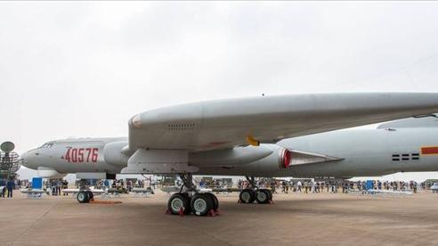 Căng thẳng Ấn Độ-Trung Quốc: Phát hiện máy bay ném bom Trung Quốc gần biên giới, một lữ đoàn tập trận bắn đạn thật