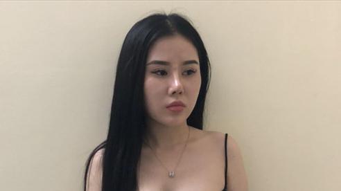 'Vỏ bọc' của 'tú bà' xinh đẹp vừa môi giới vừa bán dâm giá 4 triệu đồng/lượt ở đất Cảng