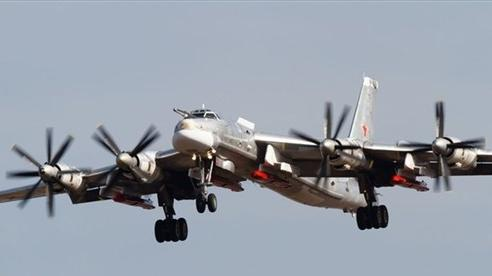 Video: Tu-95MS của Không quân Nga tiếp nhiên liệu ngoạn mục ở độ cao 5.000m khi đang bay 600 km/giờ