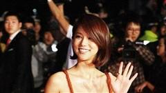 Mỹ nhân Hàn từng bị chỉ trích 'mặc cũng như không' trên thảm đỏ tự tử tại nhà riêng sau loạt bê bối?