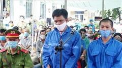 Nhận án tù giam vì tổ chức cho người khác xuất nhập cảnh trái phép