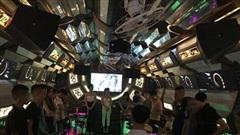 Phát hiện 13 nam thanh nữ tú 'phê' ma túy ở quán karaoke Thiên Đường