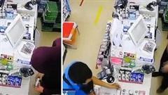 Đi ăn trộm nhưng nhớ nghề cũ, tên cướp tốt bụng giúp khách hàng thanh toán lon cà phê khiến dân mạng 'cười ra nước mắt'