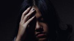 Nghe bạn gái của chồng trình bày một hồi, tôi thở dài đồng ý nhường chồng ngay lập tức vậy mà cô ta lại xin lỗi tôi rồi bỏ về