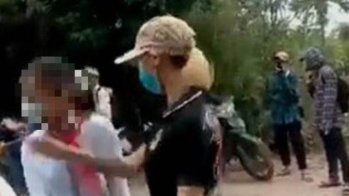 Thanh Hóa: Cô gái xưng là Thảo 'đại bàng' chặn đánh nữ sinh lớp 7