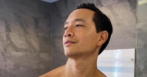 Kim Lý khoe ảnh body do chính Hồ Ngọc Hà chụp, 'bà bầu' nhanh chóng vào thanh minh khiến ai cũng phì cười
