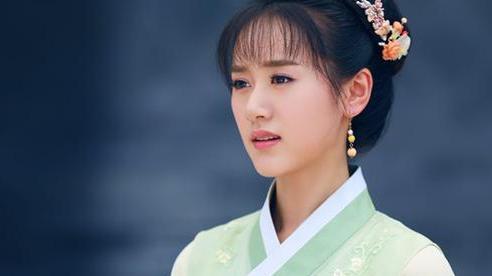 Chuyện về nữ nhân xuất thân danh môn nhưng bị ép gả cho gã ăn mày, 20 năm sau đổi đời và trở thành phi tần của Hoàng đế