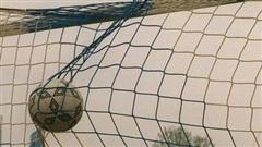 Đội bóng thua 'sốc' 0-37 vì vừa đá vừa sợ bị lây Covid-19