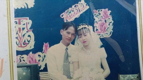 Cảm động gia cảnh chồng 'gà trống' nuôi 3 con, tìm vợ mất tích bí ẩn suốt 4 năm