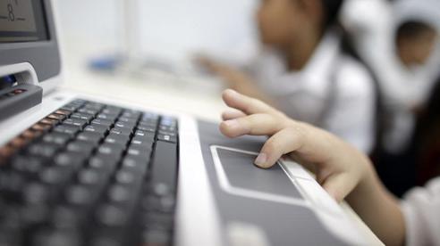 Từ vụ bé gái 11 tuổi mất tích trong đêm: Đừng bỏ qua những lời khuyên dưới đây nếu muốn bảo vệ con khỏi tác hại của mạng xã hội
