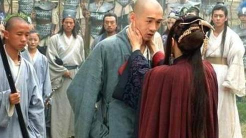 2 mối 'tư tình' đi ngược luân thường đạo lý, chấn động võ lâm Trung Nguyên trong phim chưởng Kim Dung