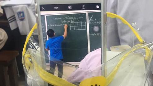 Bị cận mà đi học lại quên mang kính, học sinh nghĩ ra màn chữa cháy bá đạo
