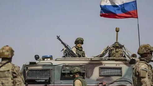Báo Anh: Đồng minh khuyên Mỹ hạ mình 'qua cửa' Nga nếu muốn thoát khỏi Syria?