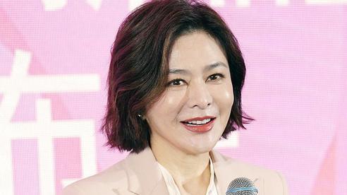 Làn da gây sốt của 'Đệ nhất mỹ nhân Hong Kong' Quan Chi Lâm: Căng mịn dù ở tuổi U60, nét đẹp bất chấp thời gian