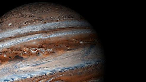 NASA phát hiệu siêu bão khổng lồ có tốc độ 560km/giờ hình thành trên Sao Mộc