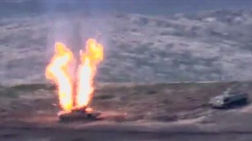 Video xe tăng Azerbaijan bốc cháy sau khi trúng đạn