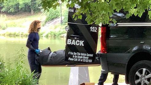 Đi câu cá ngoài hồ nước, người đàn ông giật mình kinh hãi vì giật trúng thi thể người thay vì cá lớn