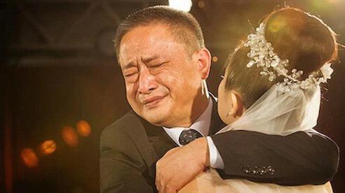 10 mẩu chuyện gia đình cực ngắn: Ba mẹ có thể quên mình là ai, nhưng không bao giờ quên tình yêu dành cho con cái!