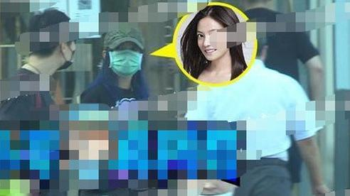 Gia thế khủng của 'người tình kém 8 tuổi' vừa lộ clip bên Triệu Vy: 'Phú nhị đại' giàu có nổi tiếng, tốt nghiệp Đại học ở London