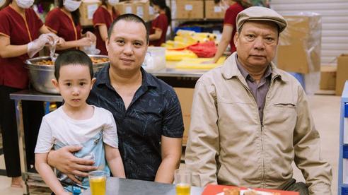 Nhiều người hay thắc mắc 'Hết Trung thu thì Bảo Phương bán gì?', lời giải đáp từ truyền nhân đời thứ 3 của tiệm bánh trứ danh phố Thụy Khuê khiến ai nấy đều thêm ngưỡng mộ