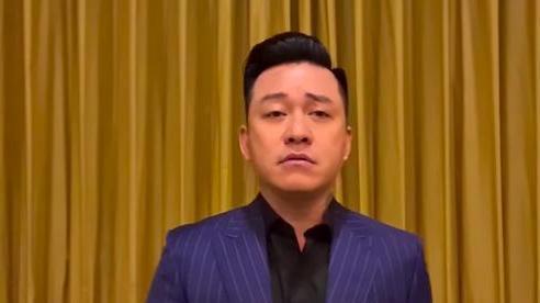 Tuấn Hưng quay clip, trực tiếp nói về chuyện bị nghi 'cà khịa' chuyện vào vùng lũ từ thiện của Thủy Tiên