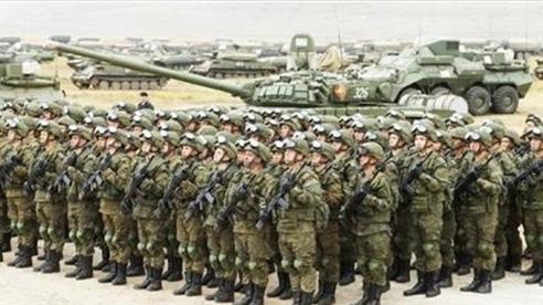 Mỹ: 'Quân đội Nga đang rất mạnh, nhưng sẽ....yếu'