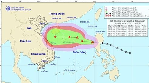 Lũ rút dần, Miền Trung vẫn mưa lớn, bão số 8 hướng đi phức tạp và đang mạnh thêm