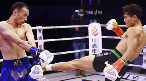 Võ sĩ Vịnh Xuân gây ngỡ ngàng khi tung cú đá 'thần sầu' hạ gục đối thủ nặng ký sau 2 phút
