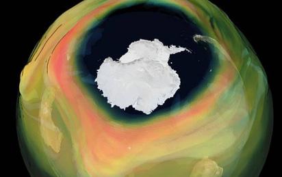 Lỗ thủng tầng ôzôn lớn kỷ lục năm 2020: Nam Cực bị bao trùm trong 'bóng đen', giới khoa học lo sợ điều gì?