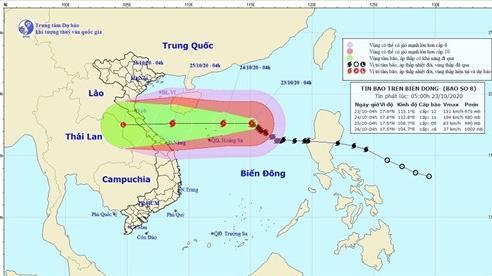 Bão số 8 gió giật cấp 15, hướng thẳng vào Trung Trung Bộ