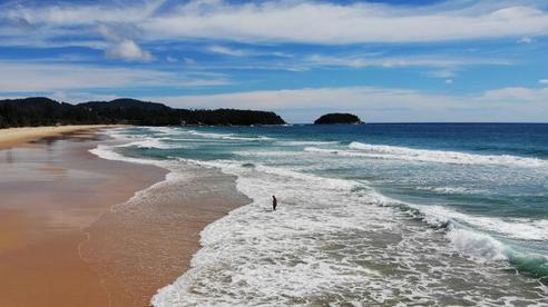 Thiên đường du lịch… thành hoang đảo