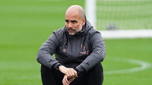 Man City gặp sự cố máy bay trước cuộc đụng độ West Ham