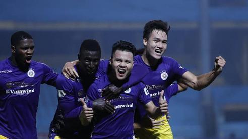 Quang Hải chói sáng phút 90, Hà Nội FC 'chết đi sống lại' để rộng cửa vô địch V.League