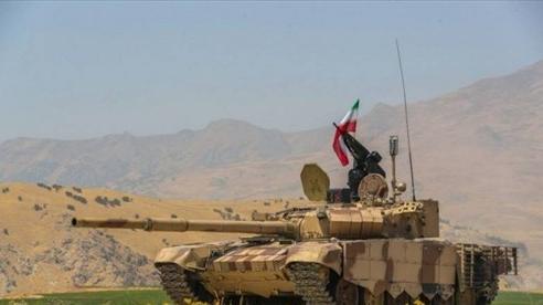 Iran điều khẩn cấp hàng chục xe tăng T-72S tới biên giới với Azerbaijan