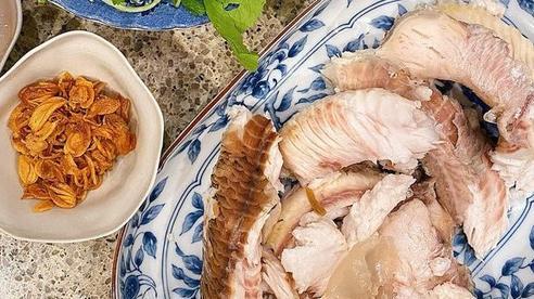 Học cách ngọc nữ Tăng Thanh Hà nấu cháo cá lóc gạo lức tẩm bổ