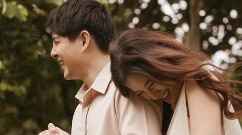 Ông Cao Thắng hé lộ thông tin hiếm hoi về con gái, nhắn gửi Đông Nhi: 'Cảm ơn và yêu vợ thật nhiều!'